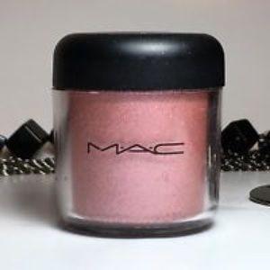 MAC Apricot Pink Pigment